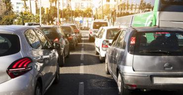 Embouteillage pour illustrer l'article sur les VTC en Algérie
